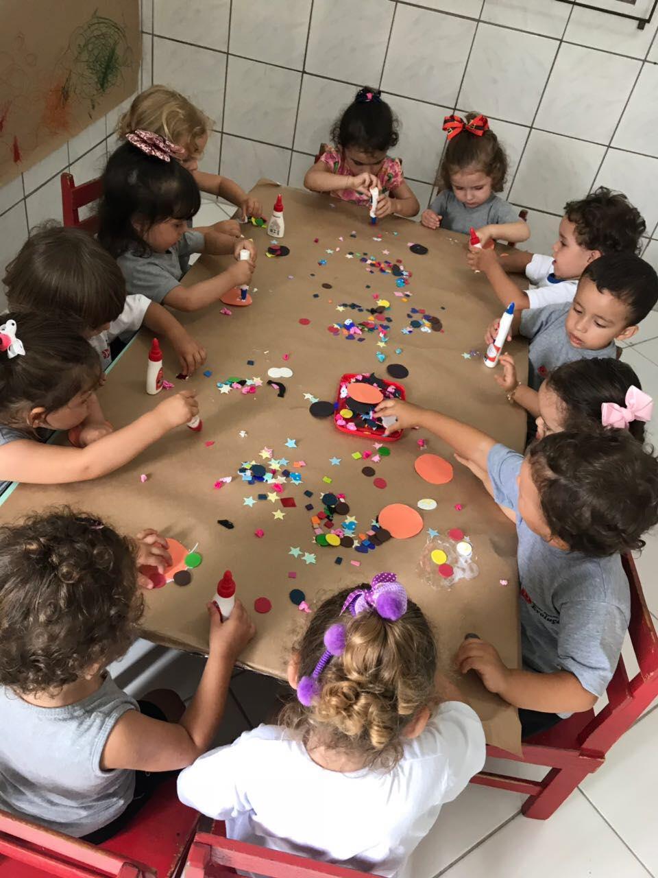 Algumas das atividades realizadas na turma do Maternal!!